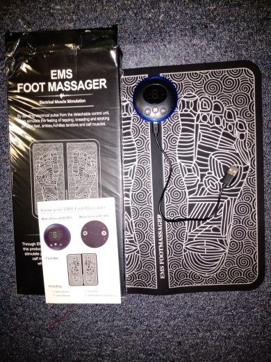 EMS foot massager with 6 modes of 9 intensity photo review
