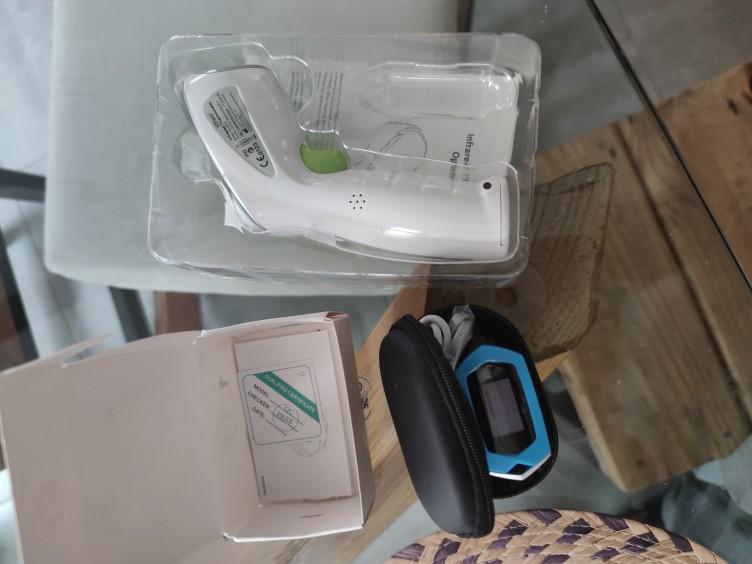 Oxymètre cOhnect™ XT8284 Saturation en oxygène du sang au doigt