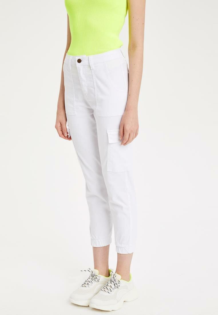 DeFacto New Woman Fashion Trousers Female Casual Crop Pants White Ladies Comfort Simple Pant High Quality - L4830AZ19SM