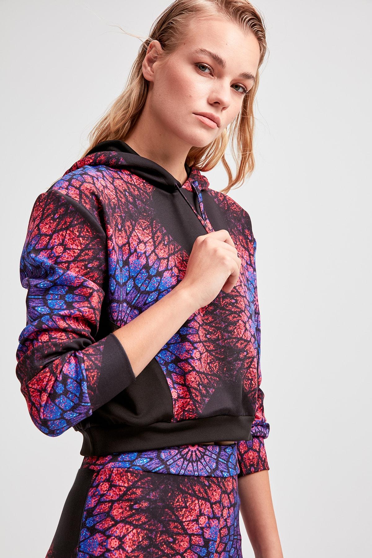 Trendyol Multicolour Submersible Fabric Crop Knitted Sweatshirt TWOAW20SW0338