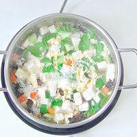 时蔬豆腐汤的做法图解5