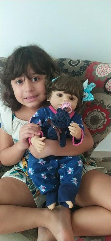 -- Criança Criança Boneca