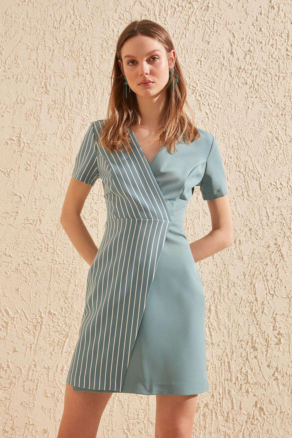 Trendyol Double Breasted Dress TWOSS20EL1968