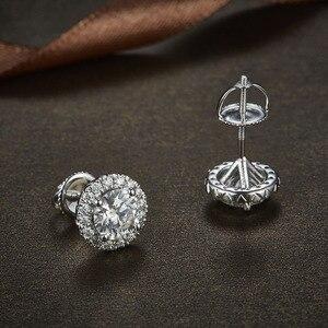 Image 3 - NiceGems 14K 585 beyaz altın 1.6CTW yuvarlak Moissanite Halo elmas top küpeler vida geri ile D E renk VVS1 kadın için hediye