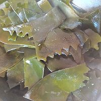 白玉菇海带鱼头汤的做法图解4