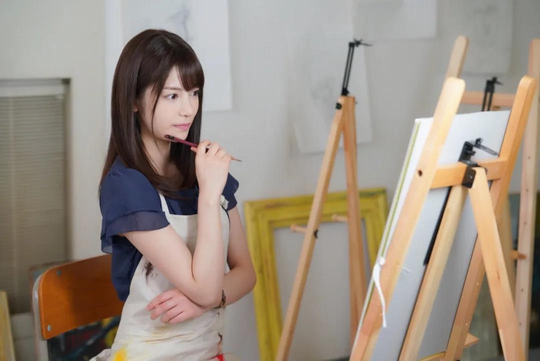 漂亮的美术老师枫花恋-福利巴士