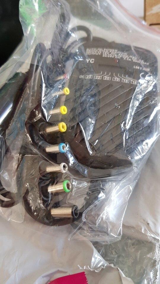 Chargeur réglable universel de voiture 80W 8 fiches détachables pour ordinateur portable