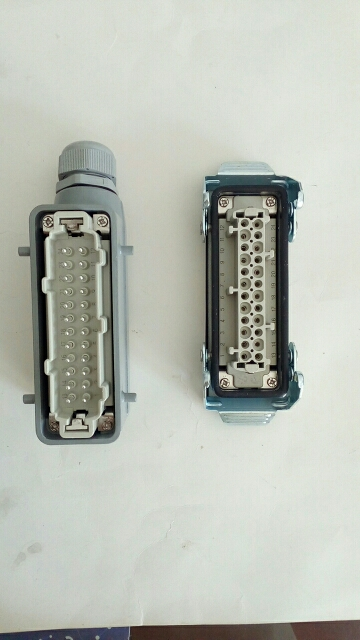 Conectores Retangular Hdc-he-4 Núcleo