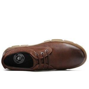 Image 3 - Camiseta nueva de piel auténtica para hombre, zapatos casuales antideslizantes y resistentes al desgaste con textura mate cómoda y ligera de tendencia de negocios para hombre
