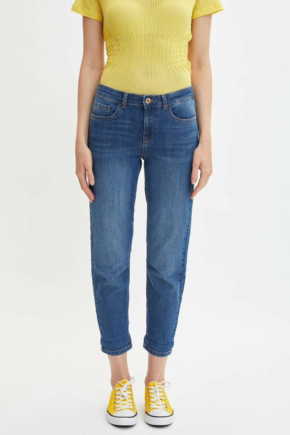 DeFacto Blue Lady Mid-waist Loose Denim Jeans Simple Joker Nine Minutes Trousers Casual Pencil Pants  -J0835AZ19AU