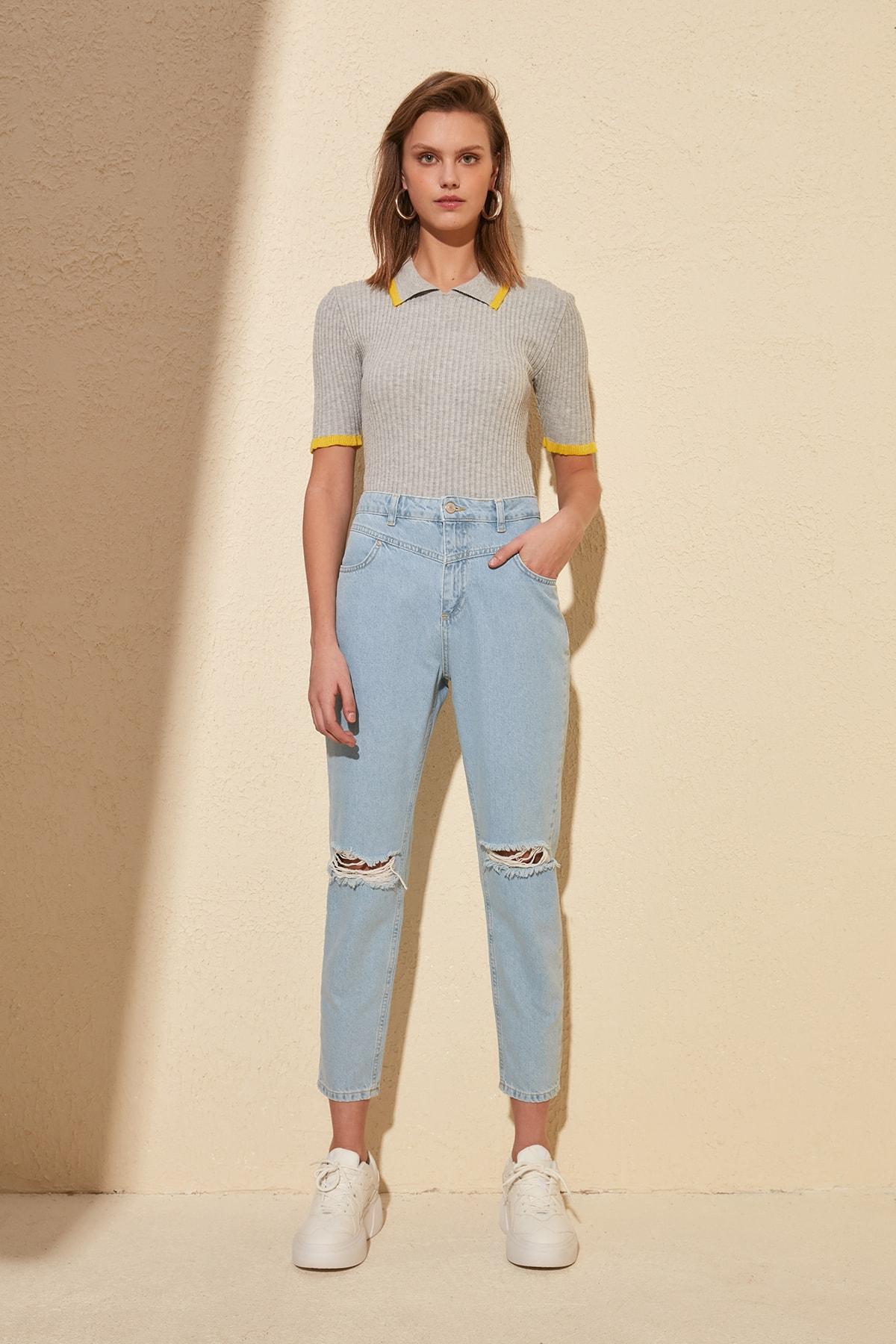 Trendyol Open Stitch Detail Yırtıklı High Bel Mom Jeans TWOSS20JE0065