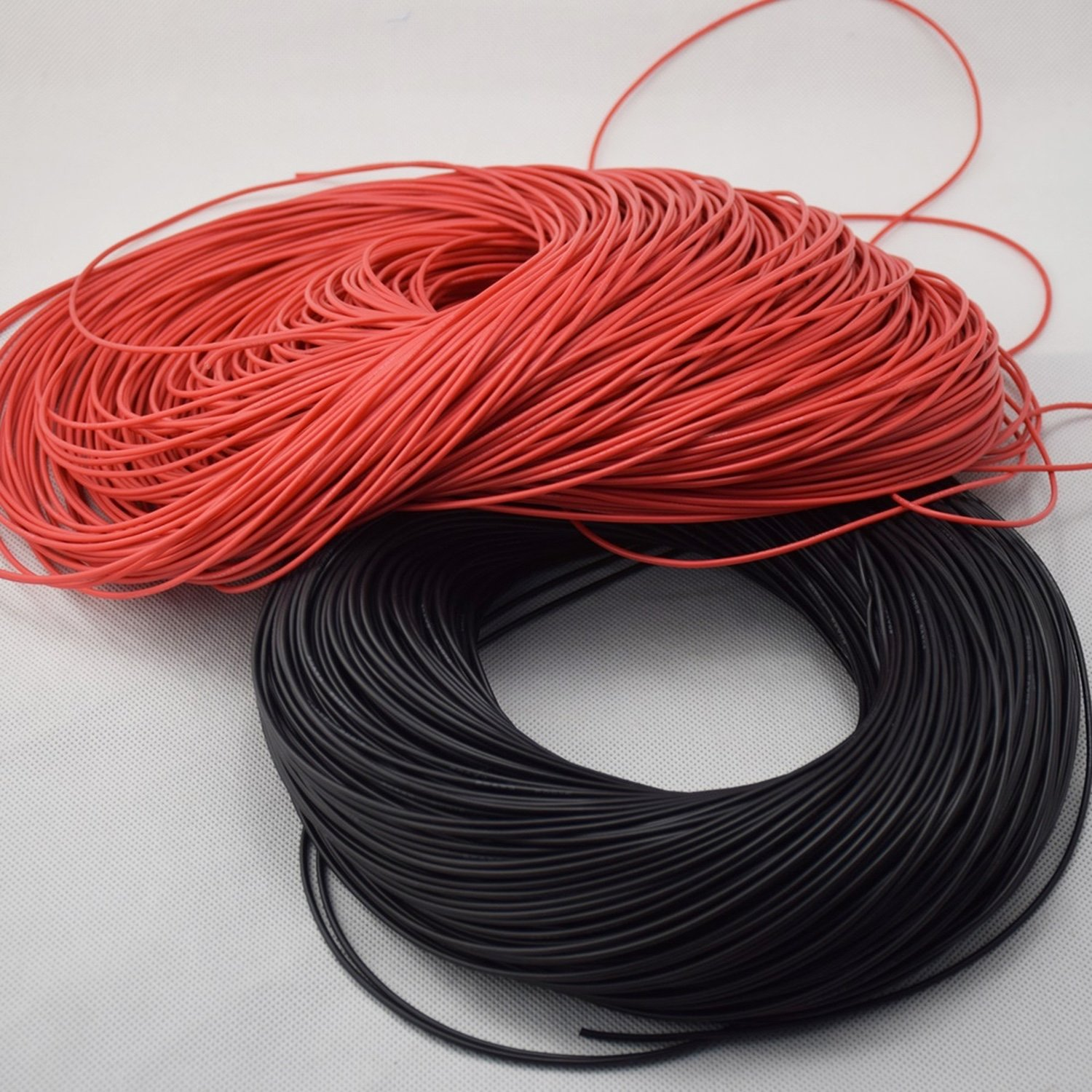 все цены на Bendable Silicone Cord 22 AWG section resistant up to 200 ° and 600v онлайн