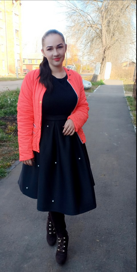 Black Vintage Pearl Embellished Boxed Pleated Circle Knee Length Mid Waist Skirt Women Autumn Elegant Workwear Skirt photo review