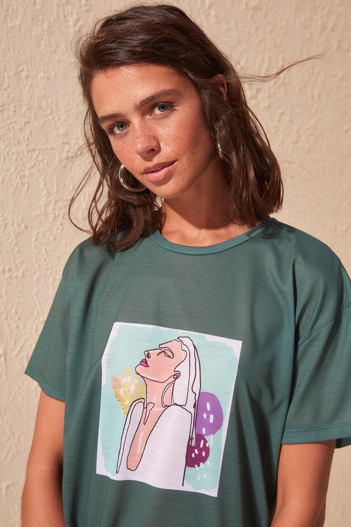 Trendyol Printed Boyfriend Knitted T-Shirt TWOSS20TS0216