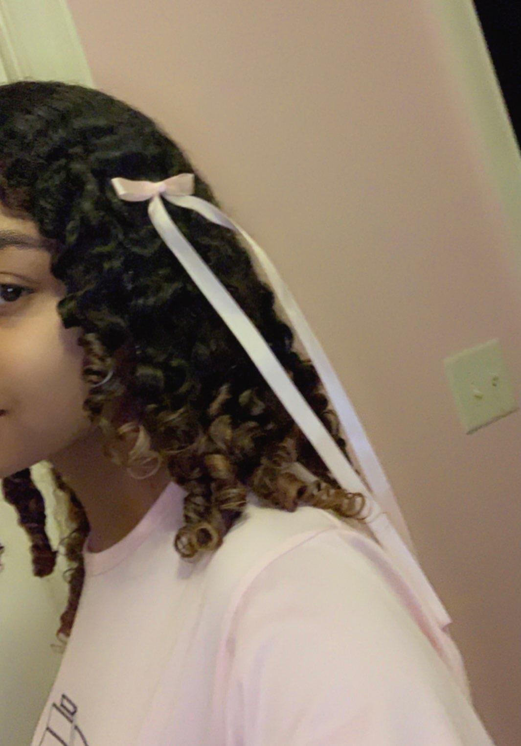 Un ensemble de deux fantastique enfants Girly Rouge Cheveux épingles//Pinces W Cute Bunny détail S509