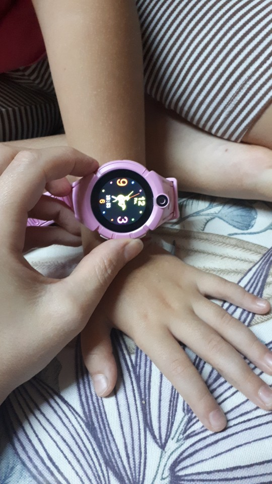 Q360 Kids Smart Watch Camera GPS WiFi Location Smartwatch Children SOS Anti Lost Monitor Tracker Baby Wristband Watch Kids Gifts-in Smart Watches from Consumer Electronics on AliExpress