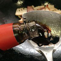 蚝油腊肉炒冬笋,鲜味熏味不冲突的做法图解11