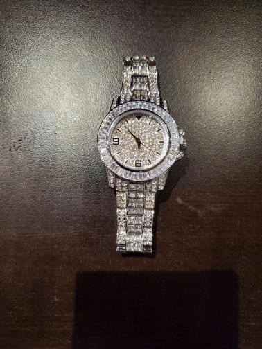 -- Relógio Relógio Relógio