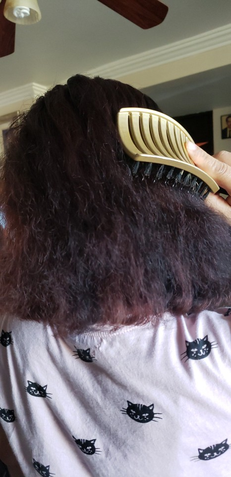 Girls Hair Scalp Massage Comb and Hair Brush for Salon Hairdressing photo review