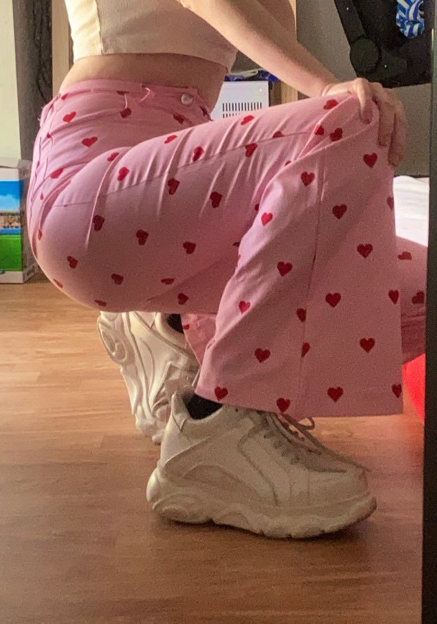Y2K Pink Heart Printed Pants photo review