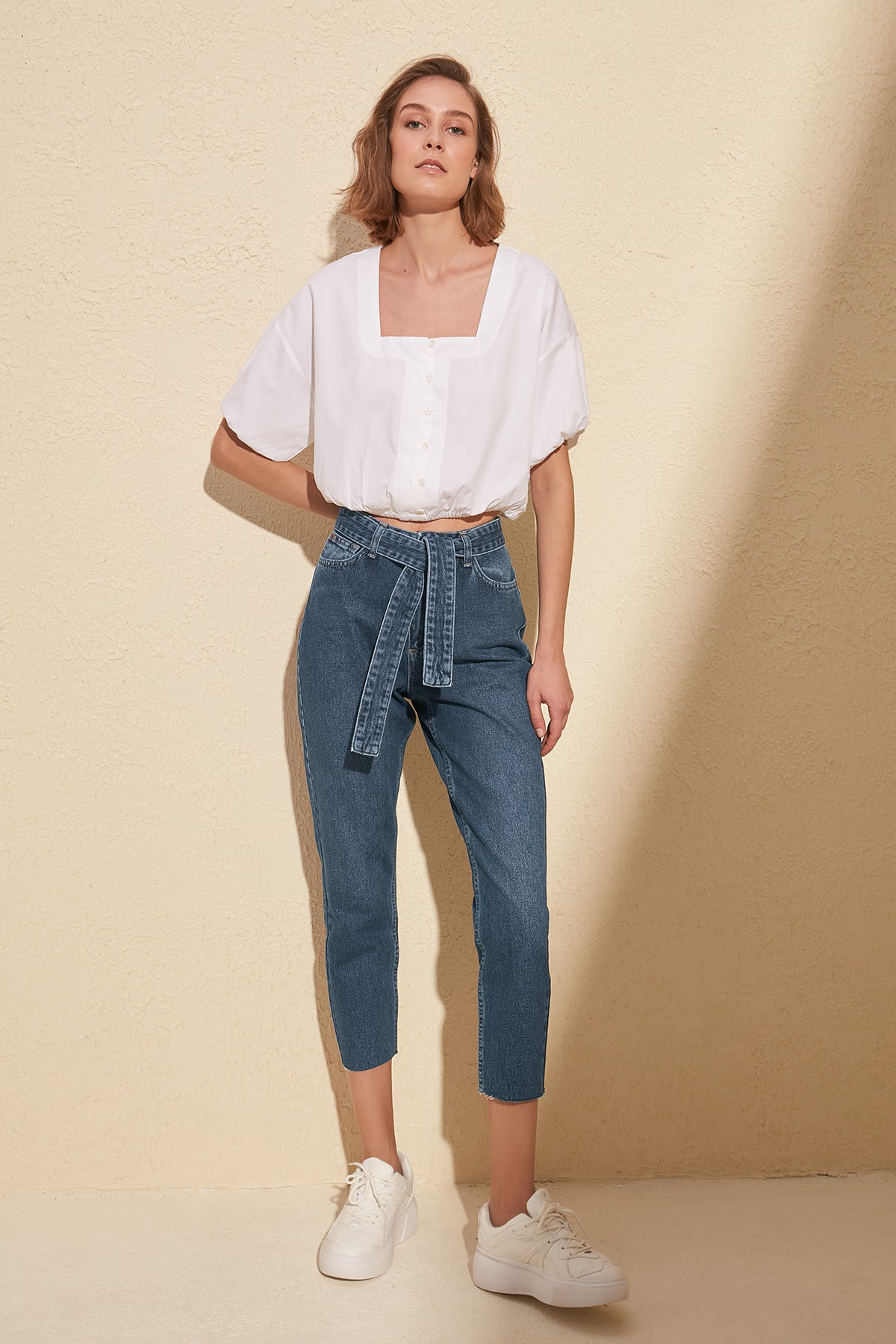 Trendyol Lacing High Detailed Bel Mom Jeans TWOSS20JE0130