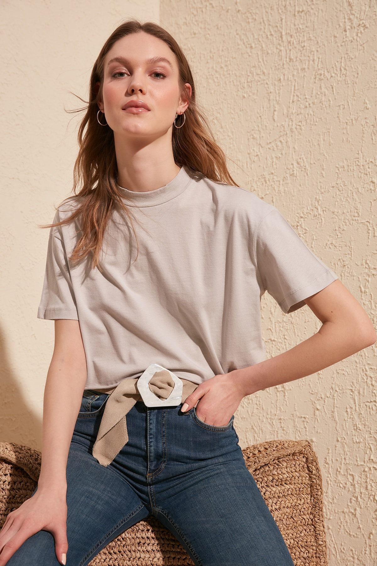 Trendyol Upright Collar Crop Knitted T Shirt TWOSS20TS0287