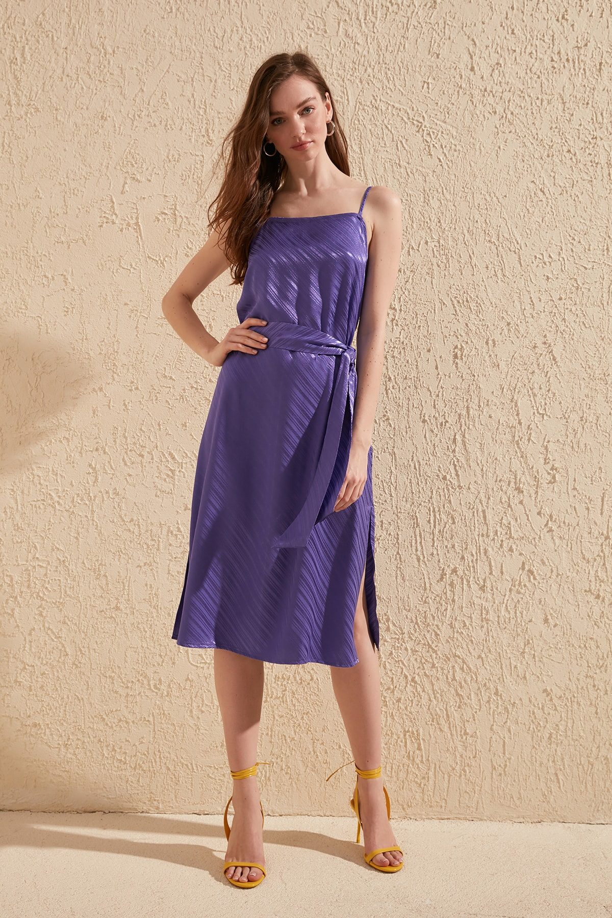 Trendyol Belted Jacquard Dress TWOSS20EL1621