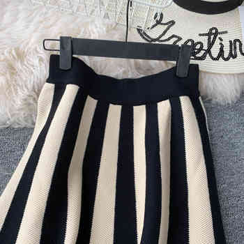2019 New Arrival Black & White Stripe Ladies Skirts European Hepburn Style Vintage Skirt Elegant Midi Skirt knit strip skirt 1