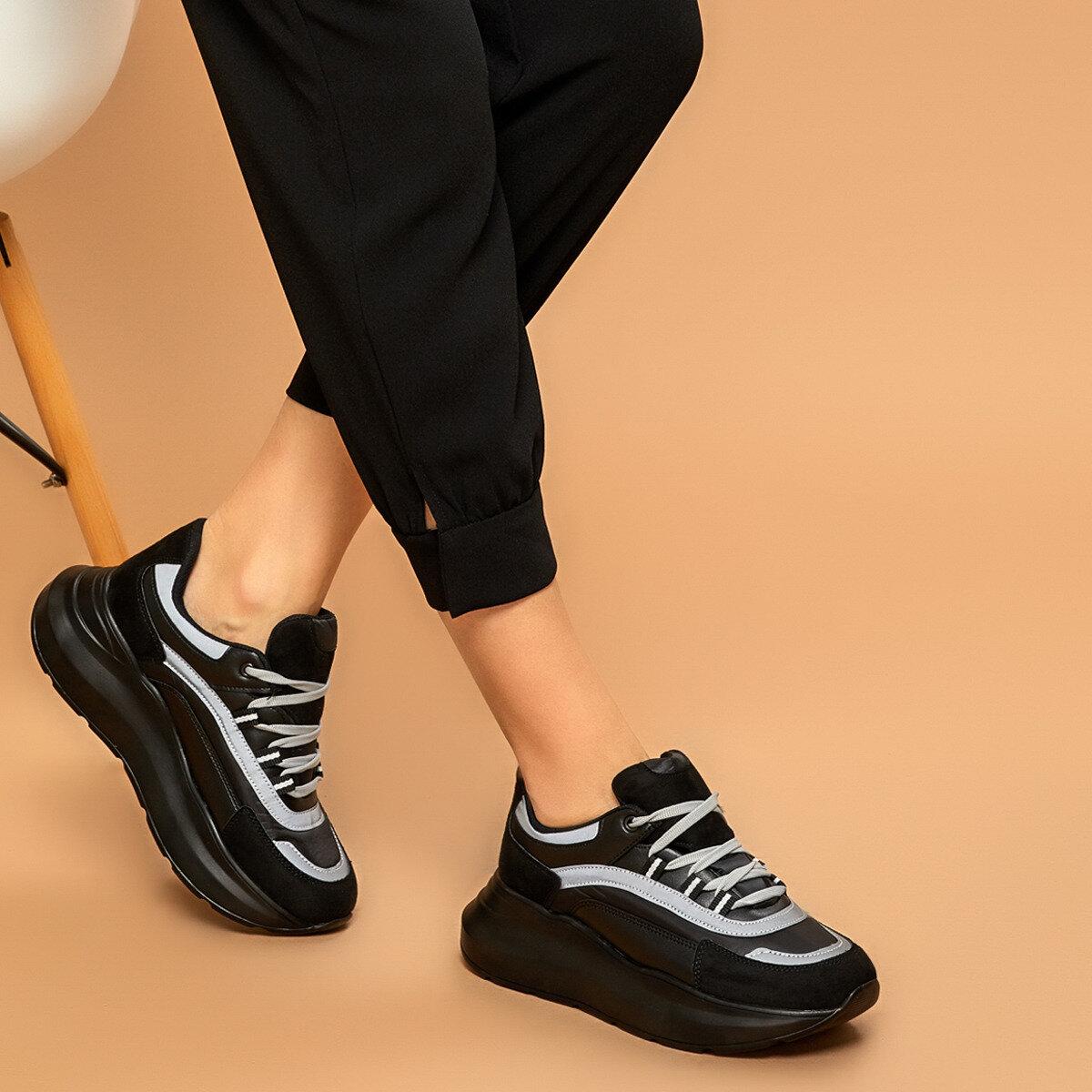 FLO 19SF-2058 Black Women 'S Sneaker Shoes BUTIGO