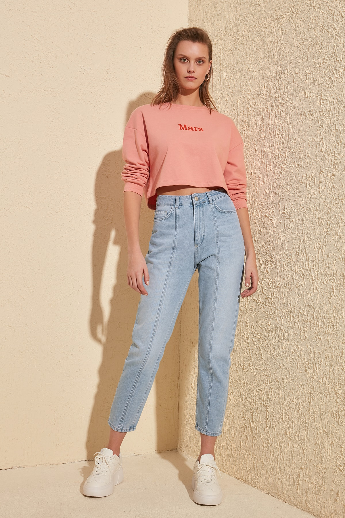 Trendyol Stitch Detail High Bel Mom Jeans TWOSS20JE0086
