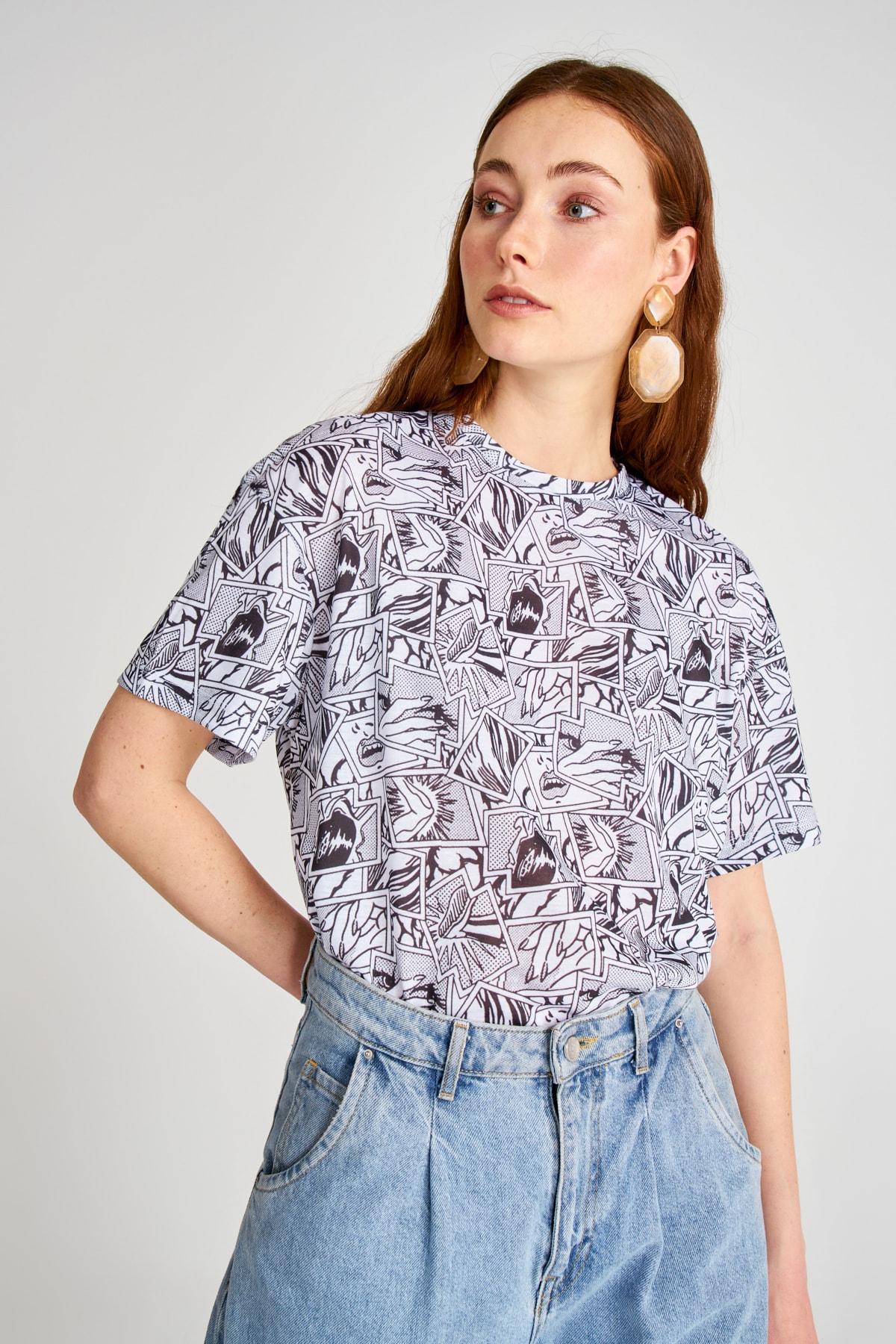 Trendyol Printed Boyfriend Knitted T-Shirt TWOSS20TS1182