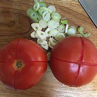 番茄肥牛的做法图解1