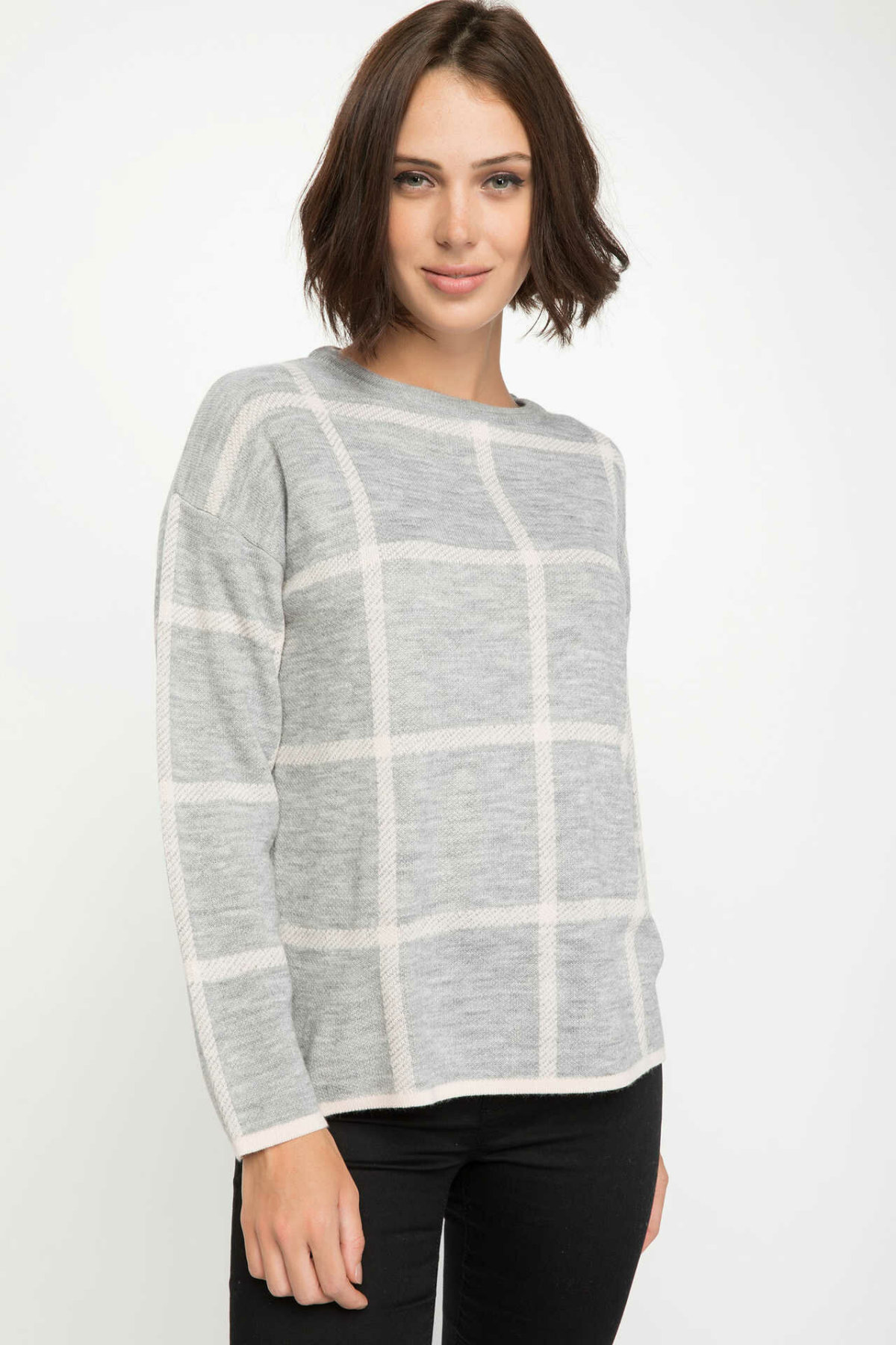 DeFacto Women Fashion Loose Plaid O-neck Knitted Pullovers Casual Long Sleeves Women Tops Autumn New -J2770AZ18WN