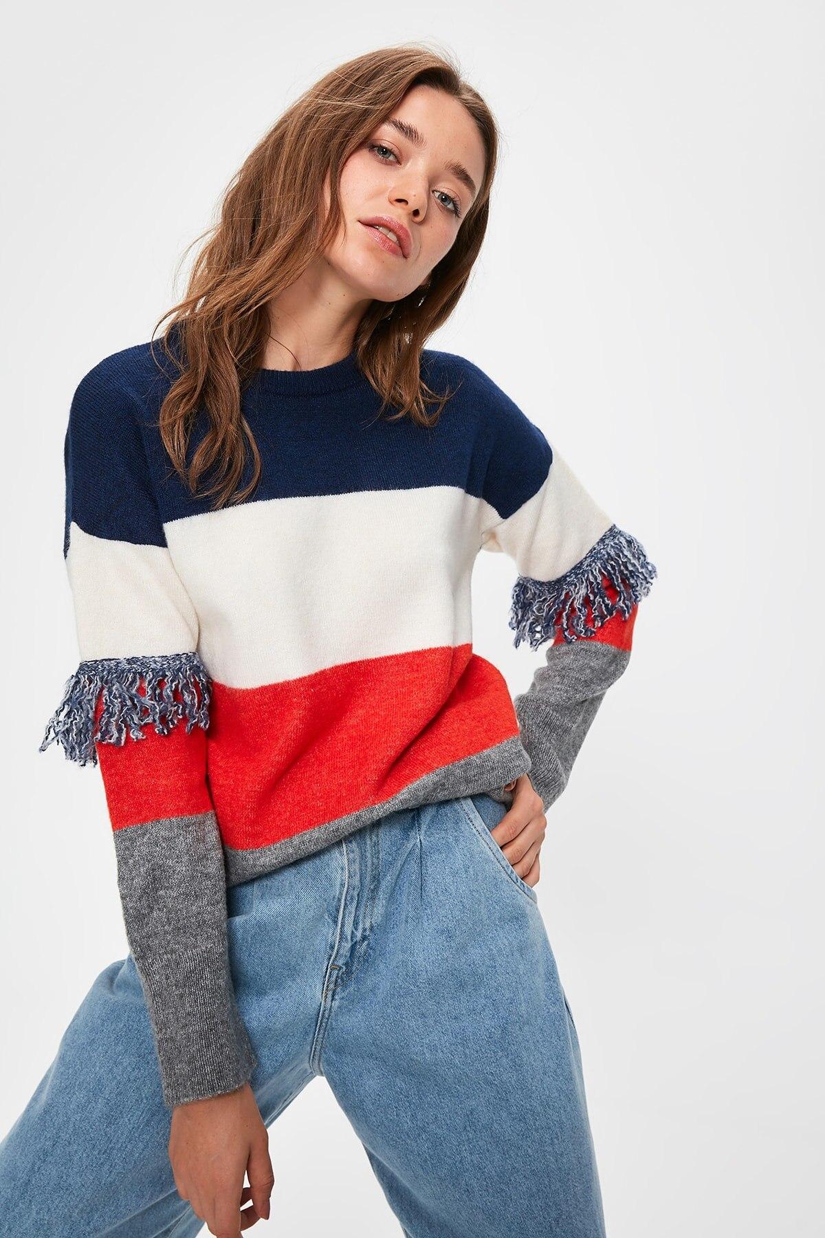 Trendyol Navy Tassels Sweater Sweater TWOAW20NK0011
