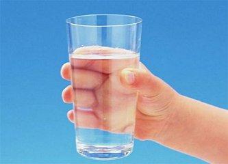 多喝水的好处有哪些 多喝水究竟能不能排出结石-养生法典