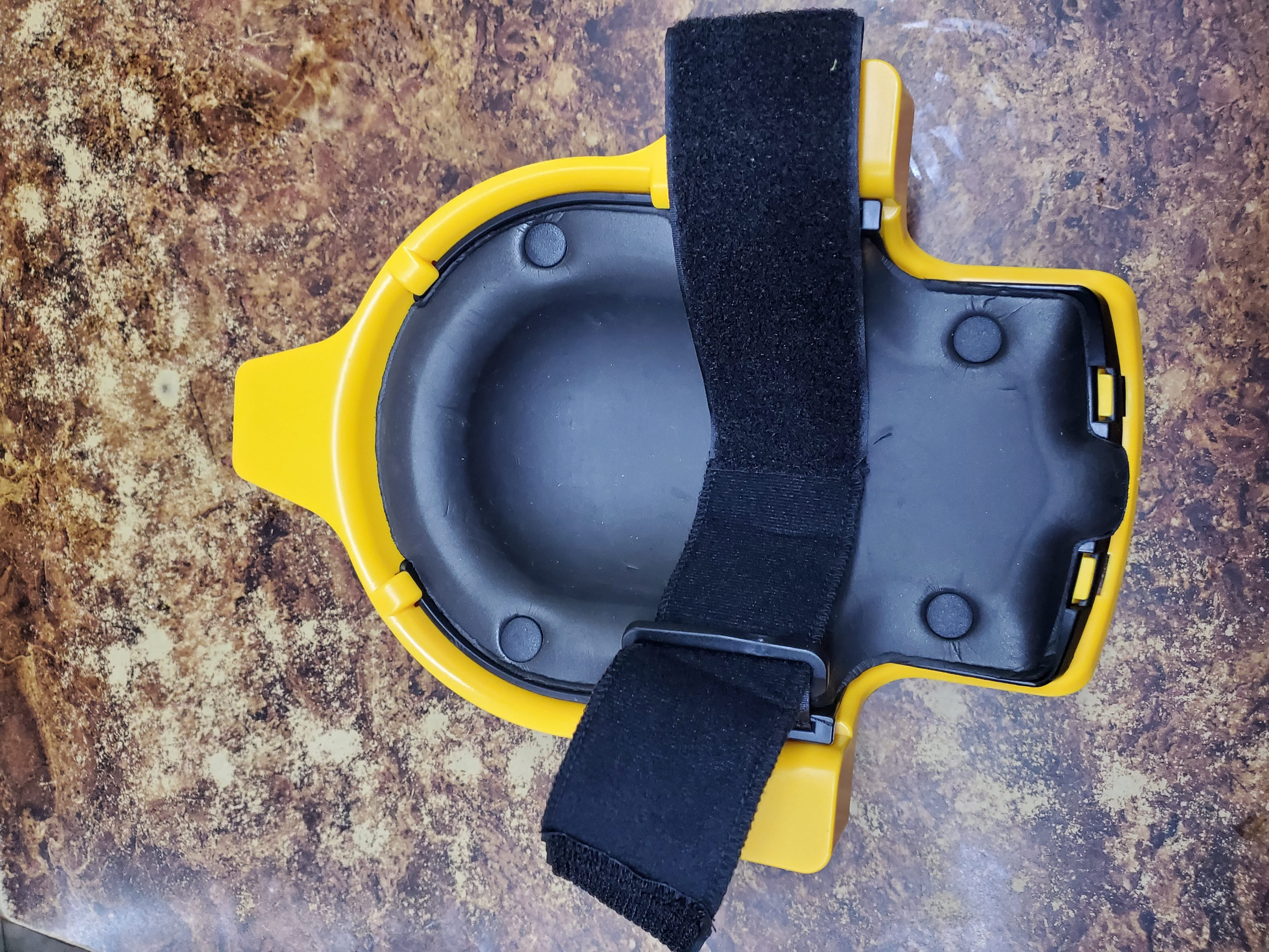 Knee Protection Pad With Universal Wheel photo review
