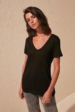 Trendyol Viscose Blended V-Neck Basic Knitted T-Shirt TWOSS20TS0131