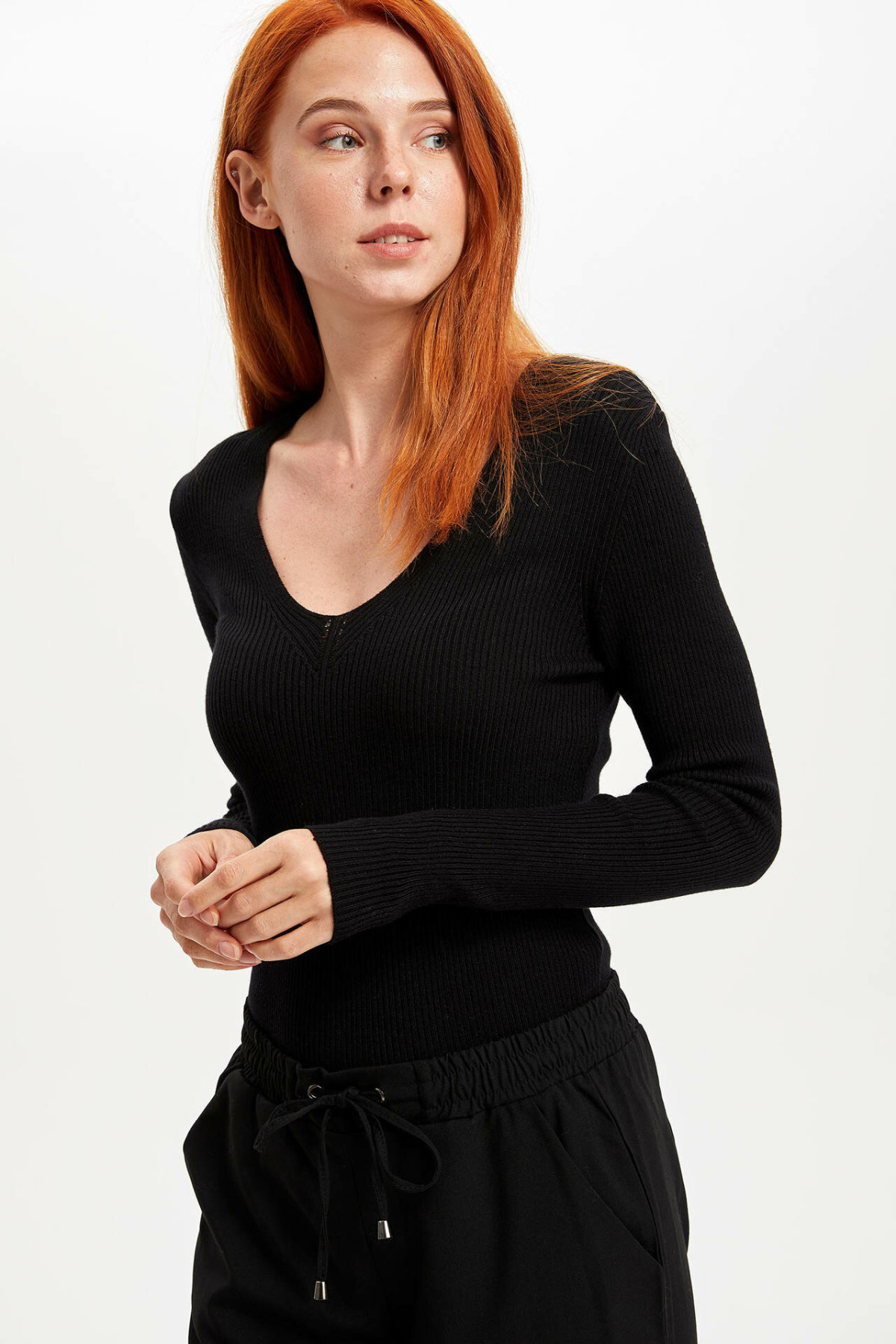 DeFacto Woman Autumn Winter U-neck Long Sleeve Pullover Women Casual Fit Body Top Tees Female Knitted T-Shirts-L4443AZ19WN