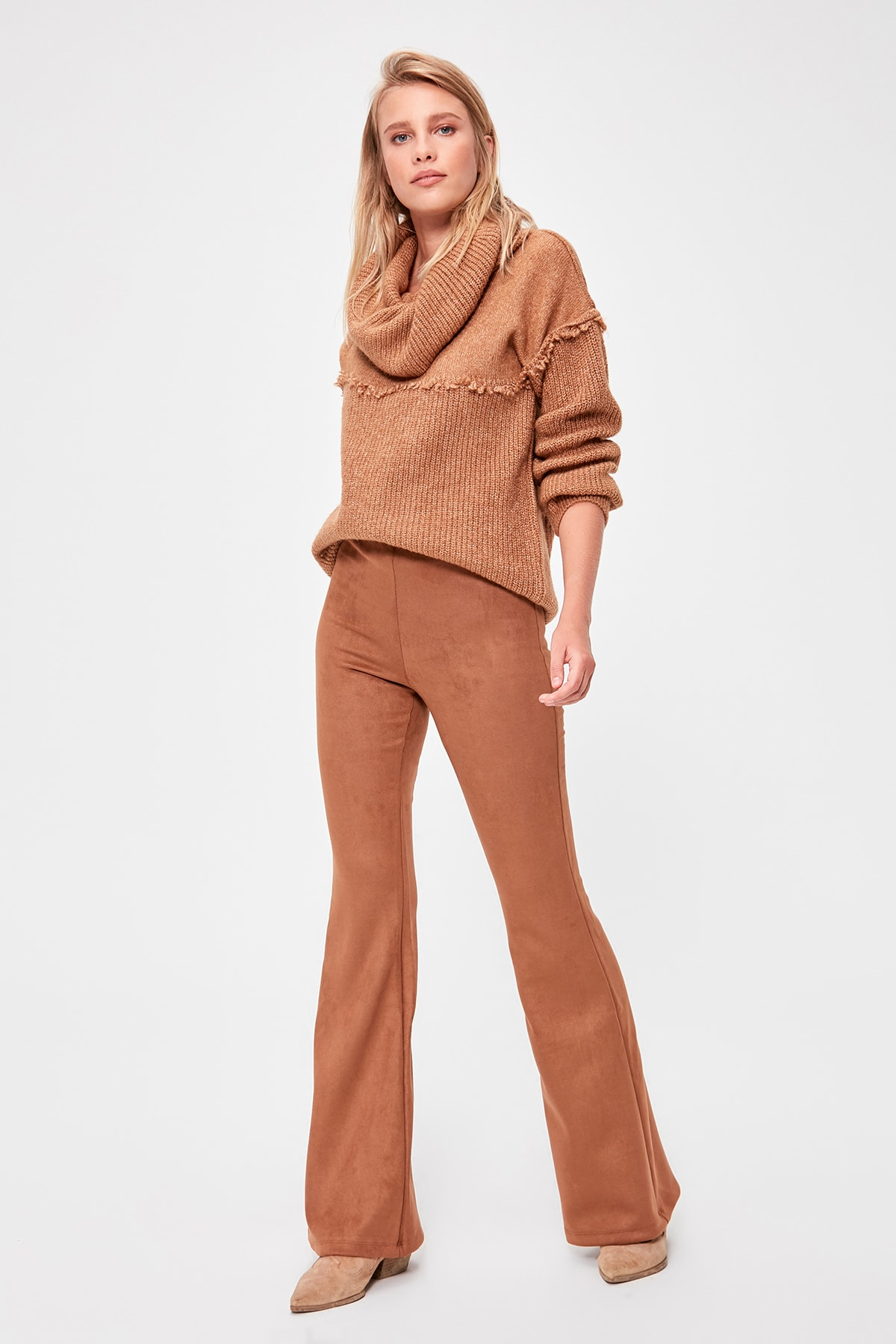 Trendyol Suede Spanish Bell-Bottomed Pants TWOAW20PL0304