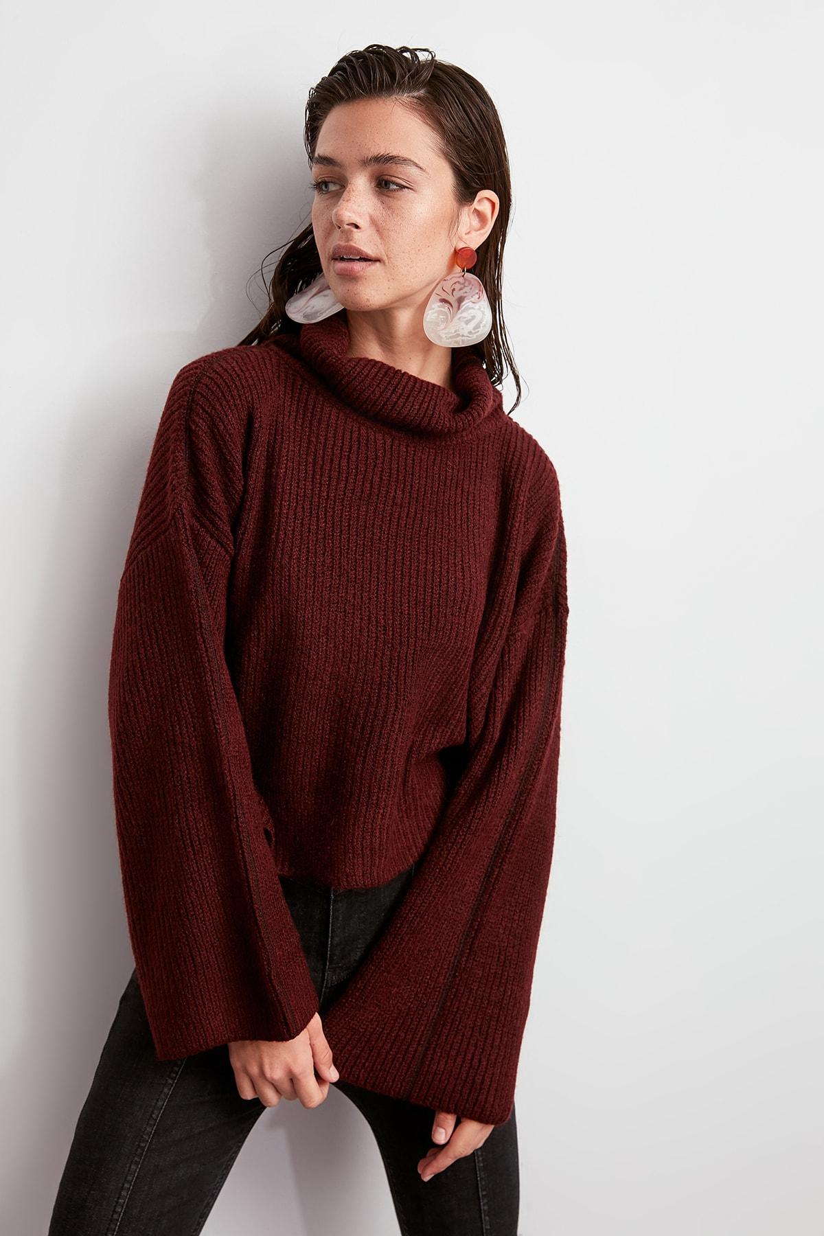 Trendyol WOMEN-Burgundy-Throated Spreader Stitched Knitwear Sweater TWOAW20ZA0001
