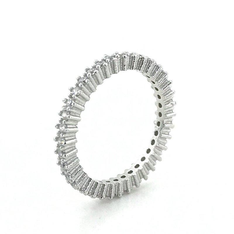 Slim Single Row 2 Mm Tamtur Silver Ring