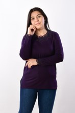 Women's Large Size Collar Gemstone Damson Blouse 2601