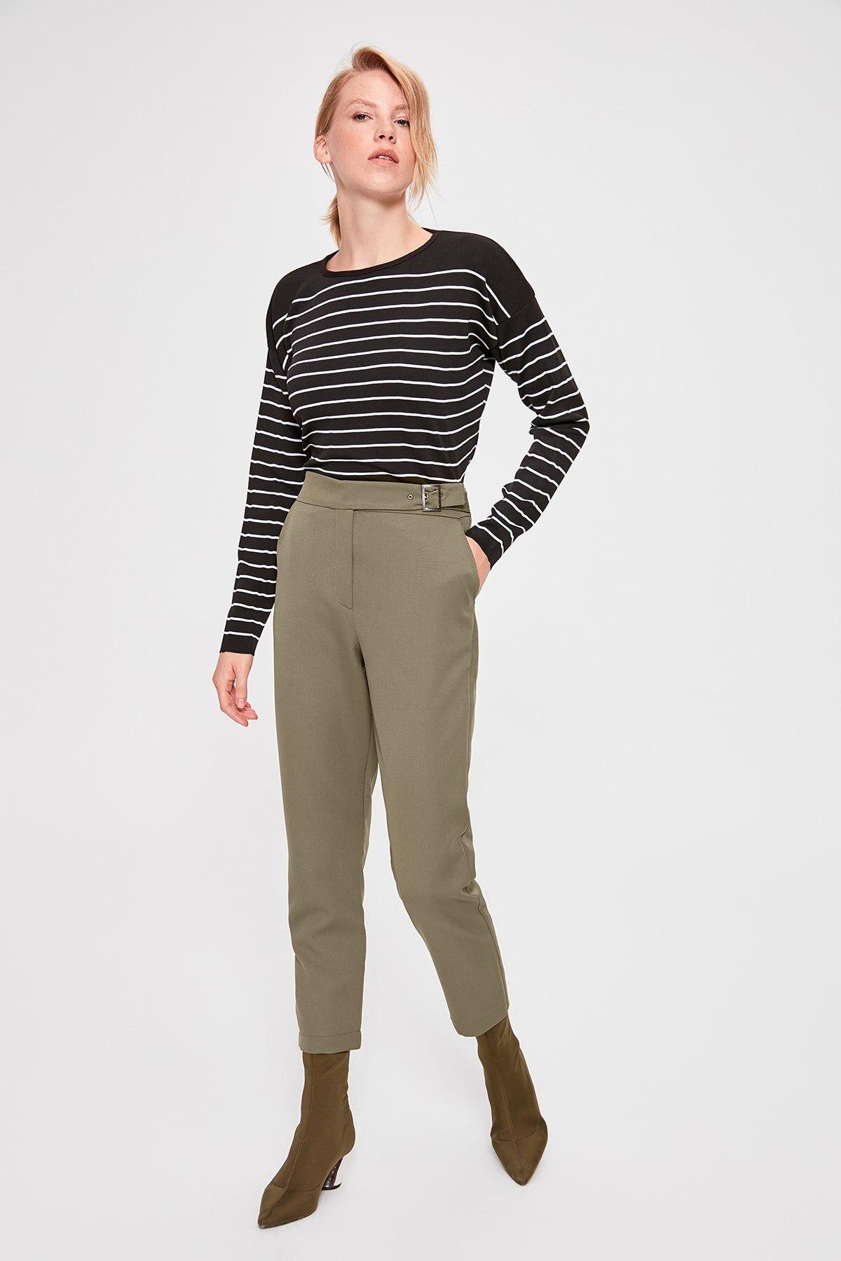 Trendyol Khaki Hand Arched Pants TWOAW20PL0266