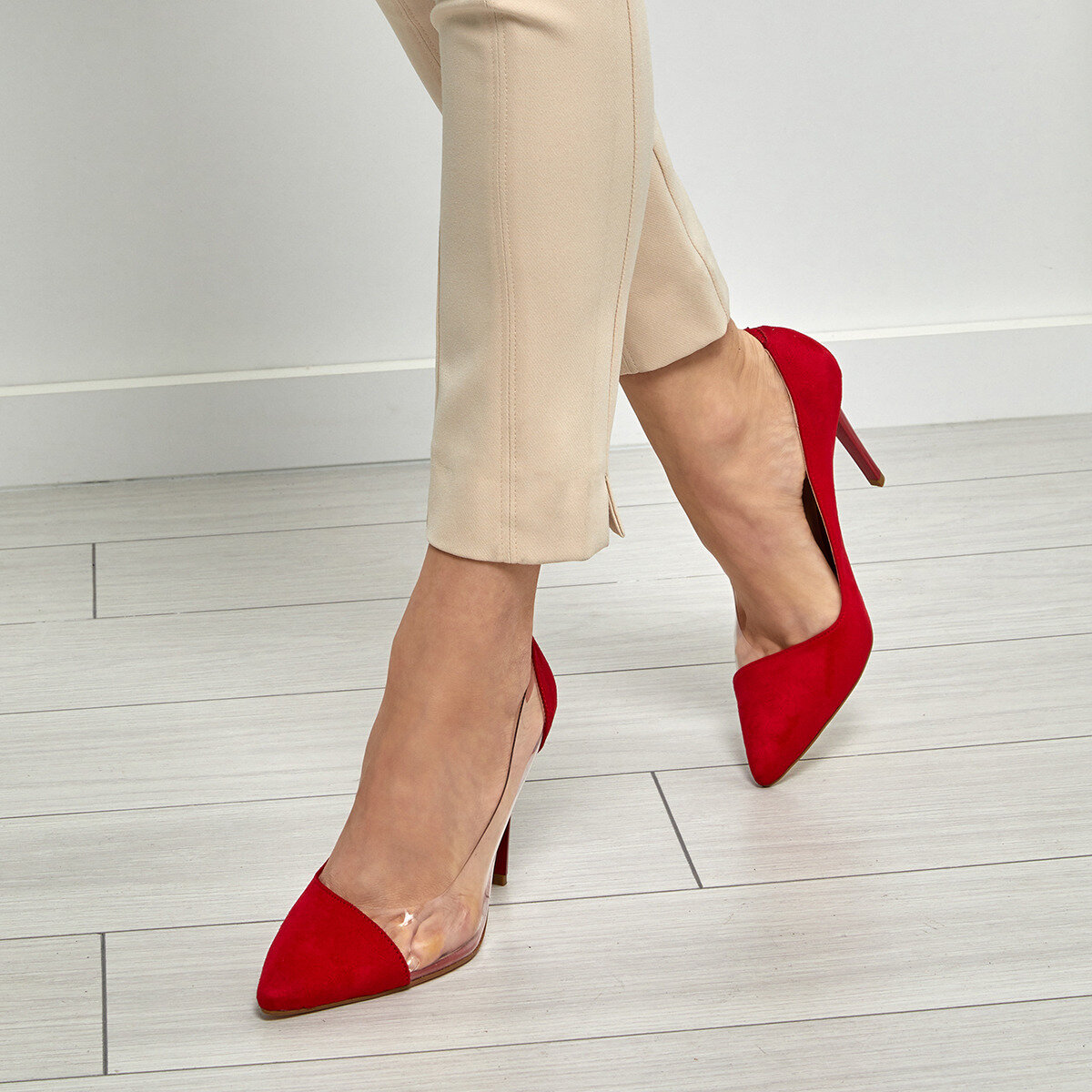 FLO MURPHY Red Women Gova Shoes BUTIGO