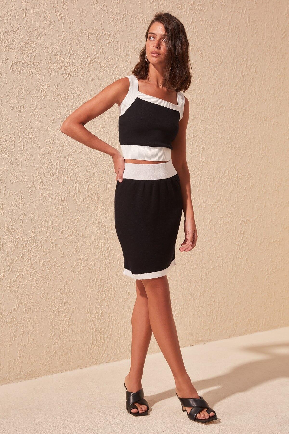 Trendyol Classic Knitwear Skirt TWOSS20ET0282