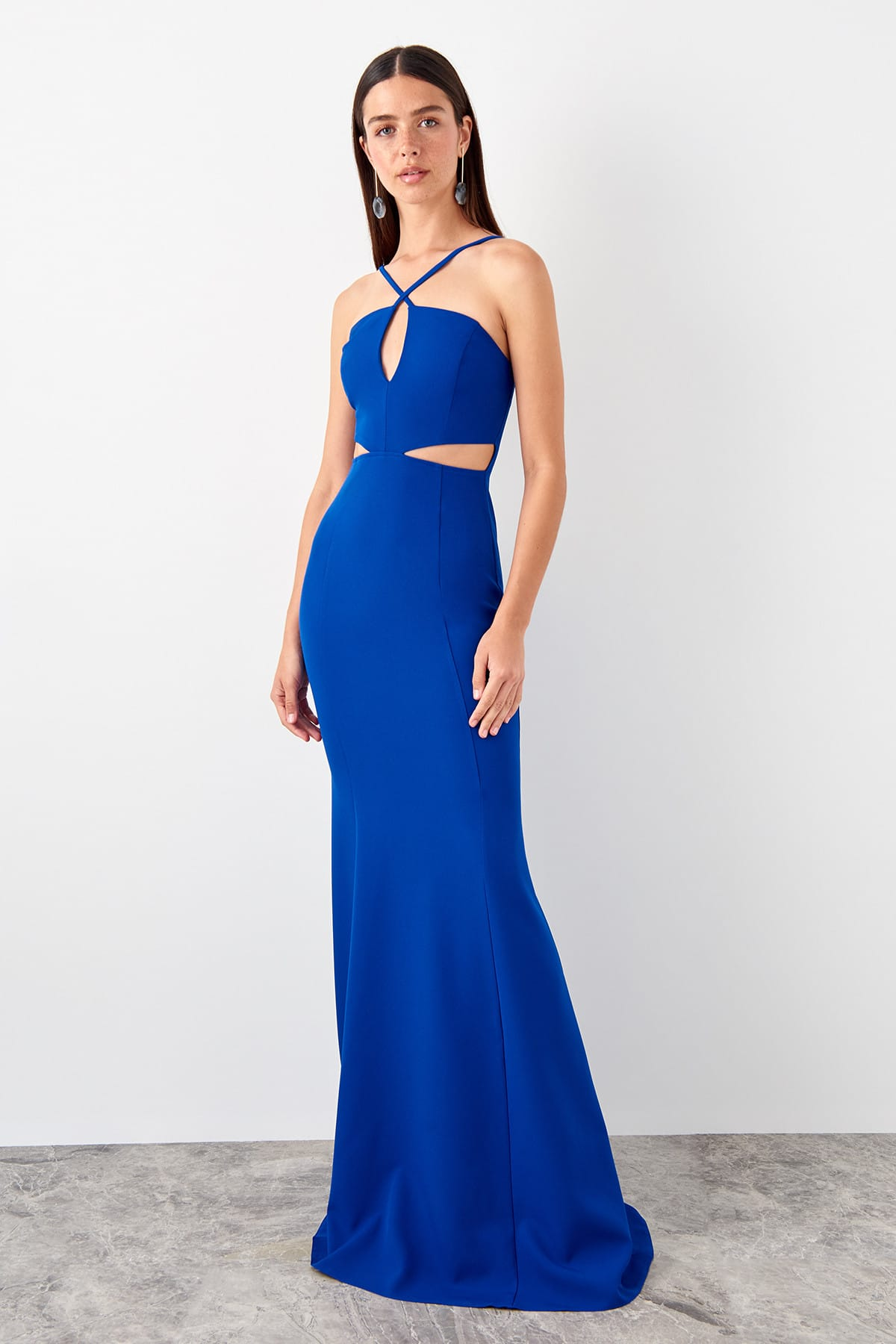 Trendyol Cut Out Detail Evening Dress TPRSS19AE0073