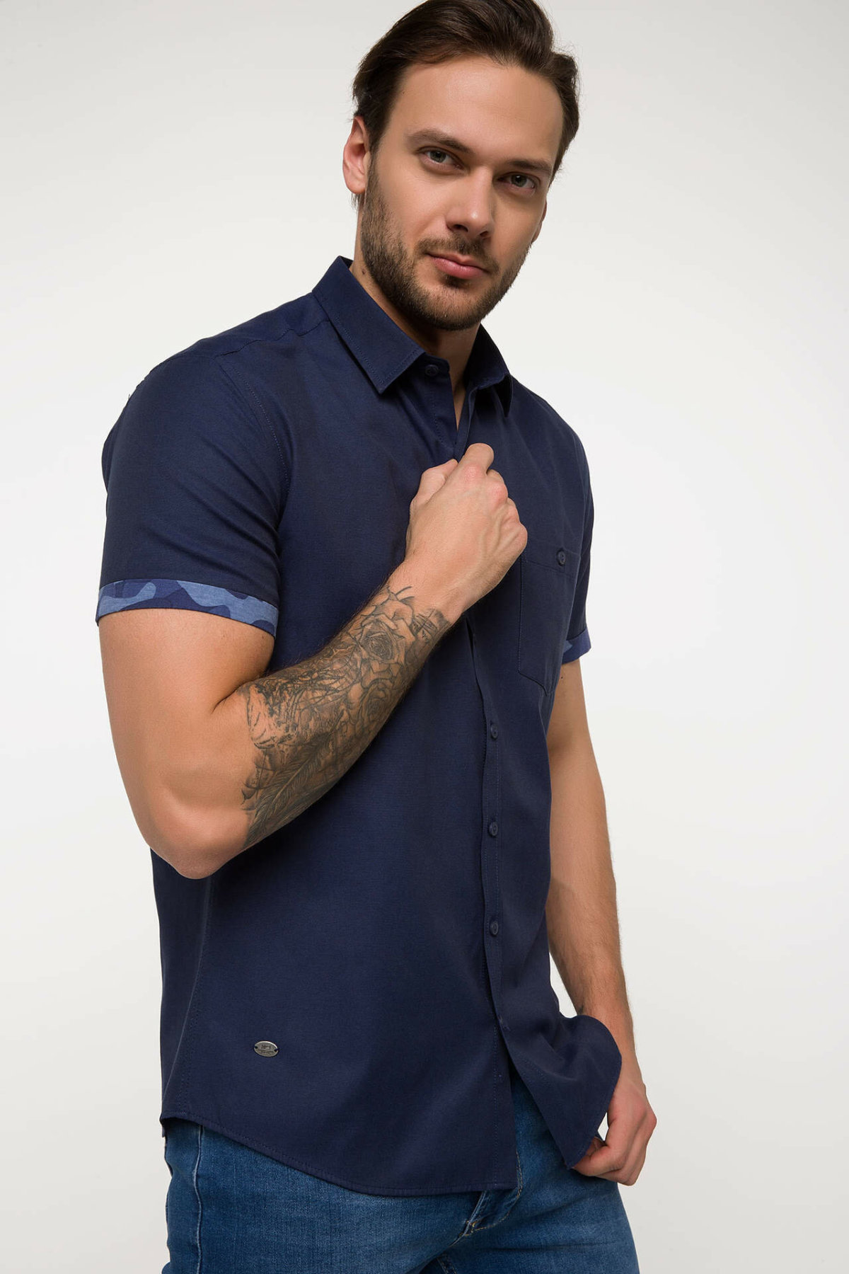 DeFacto Men Pure Color Shirts Short Sleeve Simple Shirts Men Casual Lapel Collar Cotton Shirt - I4646AZ18SM