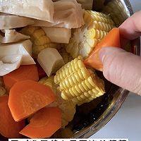 清淡滋补的排骨蔬菜汤的做法图解9