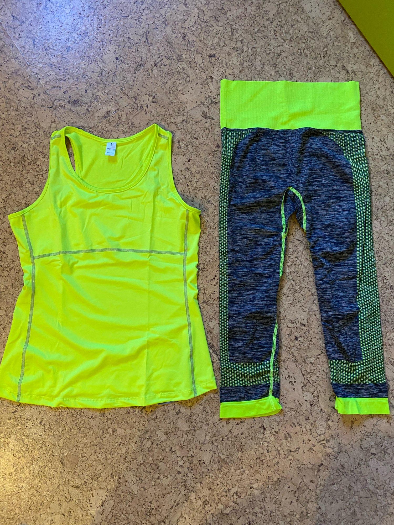 Soft Quick-Dry Training Suit photo review
