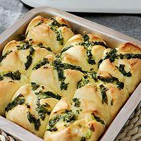 香味十足的葱香黄油小面包的做法图解7